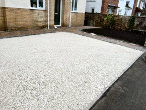 New front gravelled driveway and paving