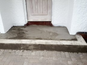 Tiling a Porch step at Parkfield, Taunton (Before)